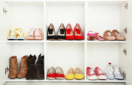 עושים סדר בארון הנעליים