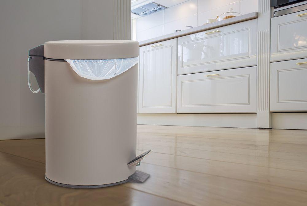 كيف تجعلون المنطقة المخصّصة للقمامة بالبيت نظيفة ومرتّبة؟