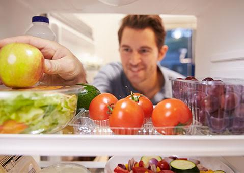 How to keep away bad odors from the fridge